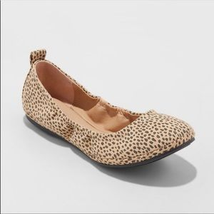 Universal Thread Delaney Round Toe Ballet Flat
